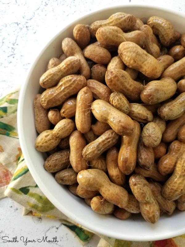 Classic Boiled Peanuts