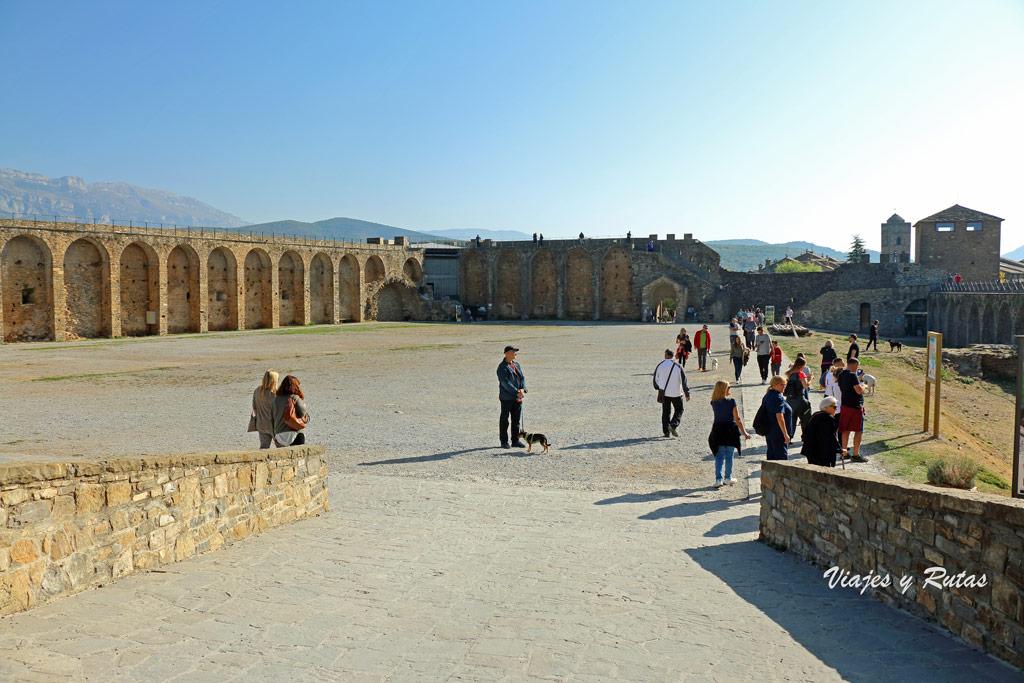 Murallas del castillo de Ainsa, Huesca