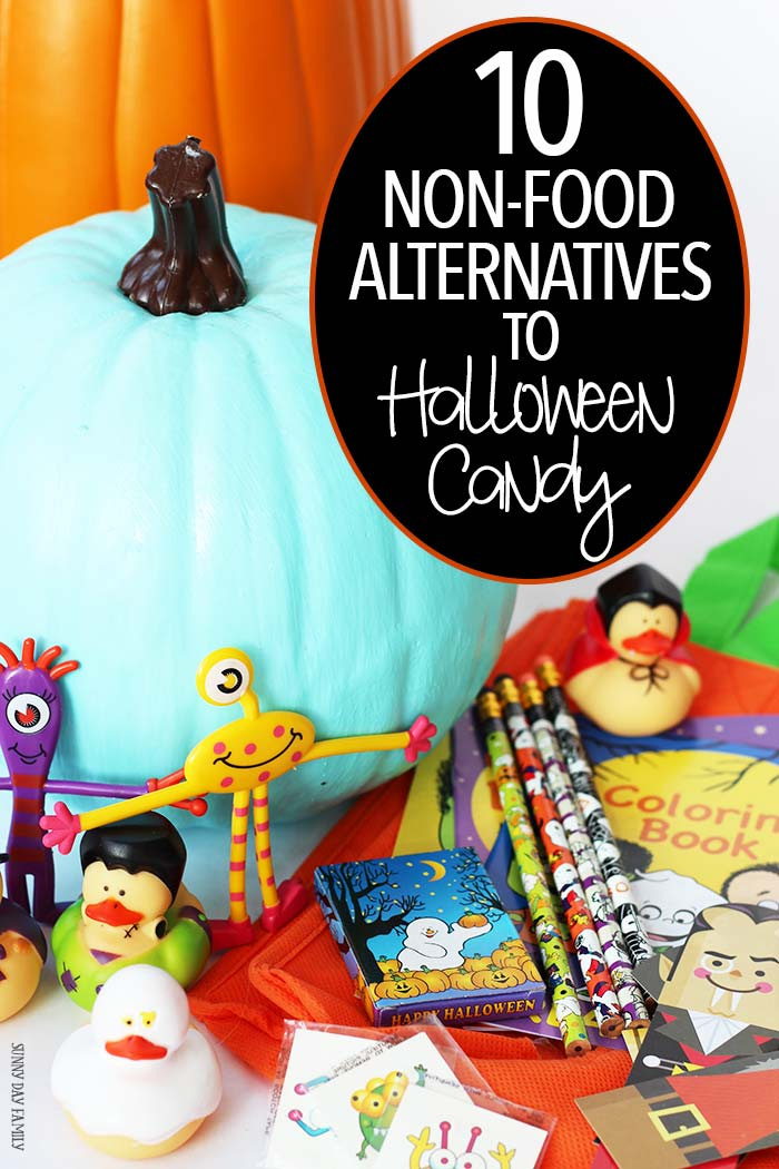 10 non food alternatives to Halloween candy! Give out these fun toys & crafts instead of candy to avoid sugar overload and to keep Halloween safe for kids with food allergies. Love these for goody bags too!