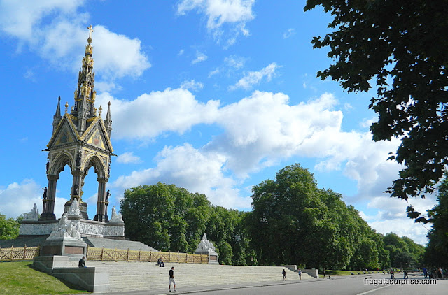 Albert Memorial, nos Kensington Gardens, Londres