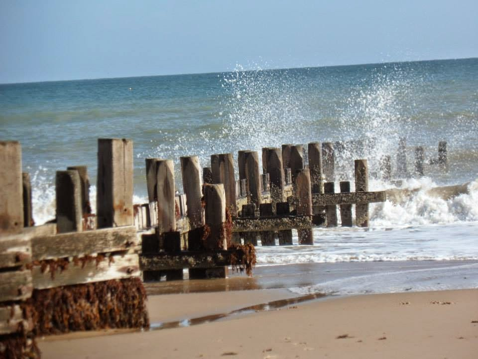 Norfolk beachfront cottages https://www.facebook.com/SimplyCoastal