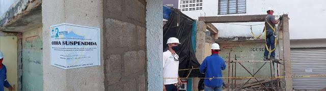 hoyennoticia.com, Alcaldía derrumbó obra que se construía invadiendo un andén en el Mercado Viejo de Riohacha