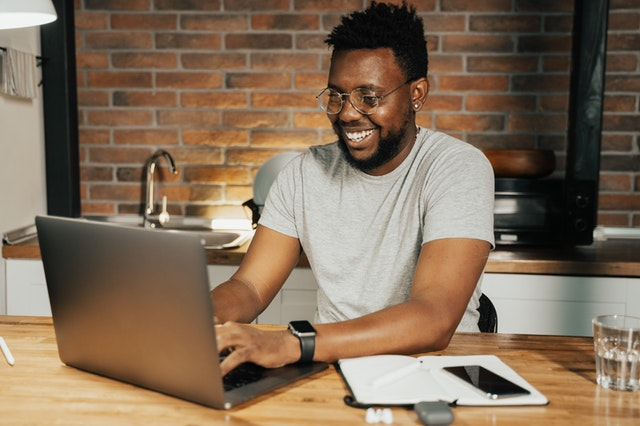 Cara-Cara Memanfaatkan Teknologi Demi Keuangan yang Lebih Baik