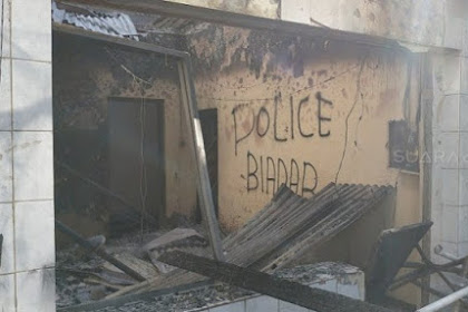 Pos Polisi Sabang Habis Dibakar Pendemo 22 mei, Ada Coretan 'Biadab'