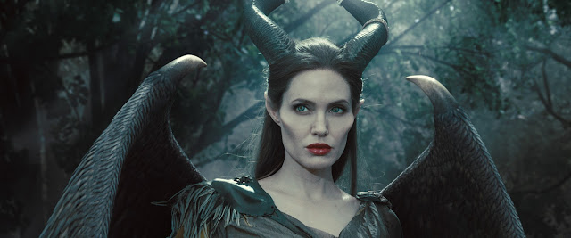 Review: 'Maleficent: Mistress Of Evil' Resembles The Offspring Of An Unholy Union Between 'Gargoyles,' 'Aquaman' And 'Avatar'