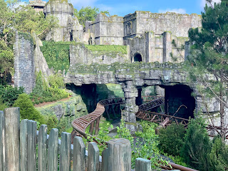The Best Ride in the World? Hagrid's Magical Creatures Motorbike Adventure Roller Coaster