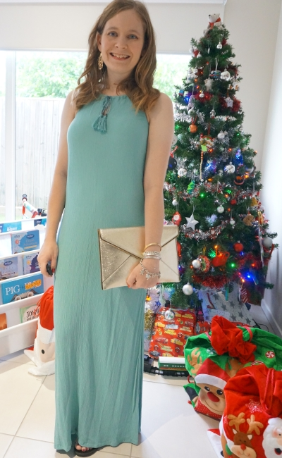 Jeanswest Heather textured maxi dress in eggshell grecian column style Christmas Day Outfit with gold leo envelope clutch champagne | awayfromblue