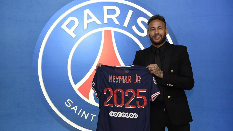 Neymar renovó contrato con PSG hasta 2025 y le dijo adiós al sueño del Barcelona