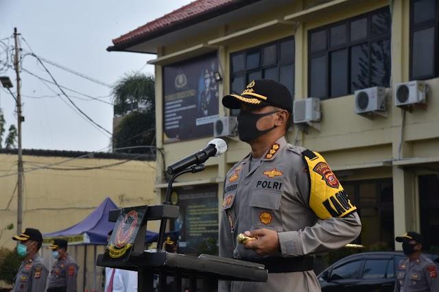 Kapolresta Cirebon Pimpin Upacara Sertijab Kasat Reskrim dan Kasat Lantas Polresta Cirebon