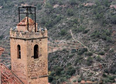Torre de la iglesia de Ayna