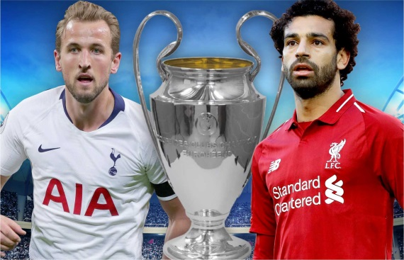 Harry Kane of Tottenham and Mohamed Salah of Liverpool