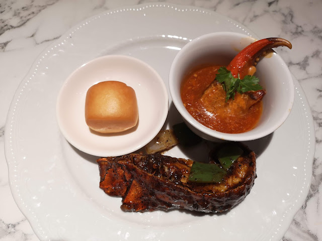Chilli Crab and slipper lobster