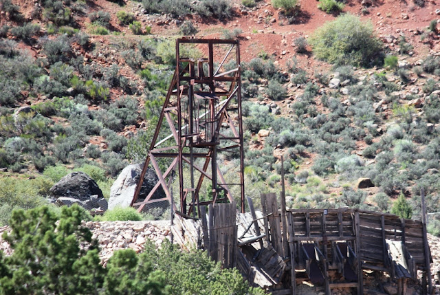 Old mine rigging Silver Reef Utah