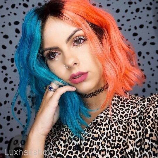 Peruca  na cor meio  laranja e meio na  cor azul com peruca de raiz preta