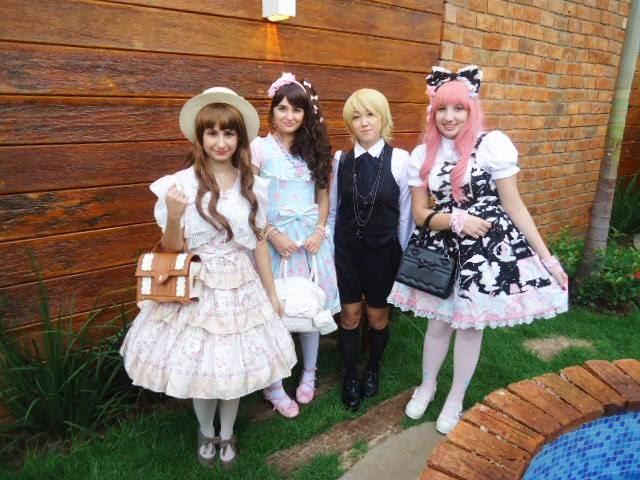 Um meeting com belas fotos de lolitas! Confiram no no blog da Gabi! 67e8a0bd07c