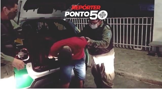 Trio armado é preso ao invadir cabaré e assaltar clientes e garotas de programa em Teresina