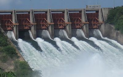 energi potensial bendungan air