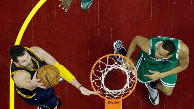 Celtics-cavaliers-bradley.love