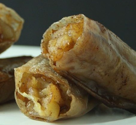 BAKED APPLE PIE RICE PAPER ROLLS #healthy #diet