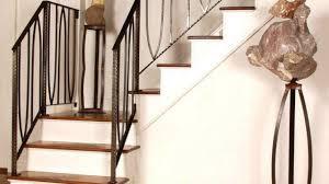 8 gambar railing balkon klasik (cocok untuk rumah