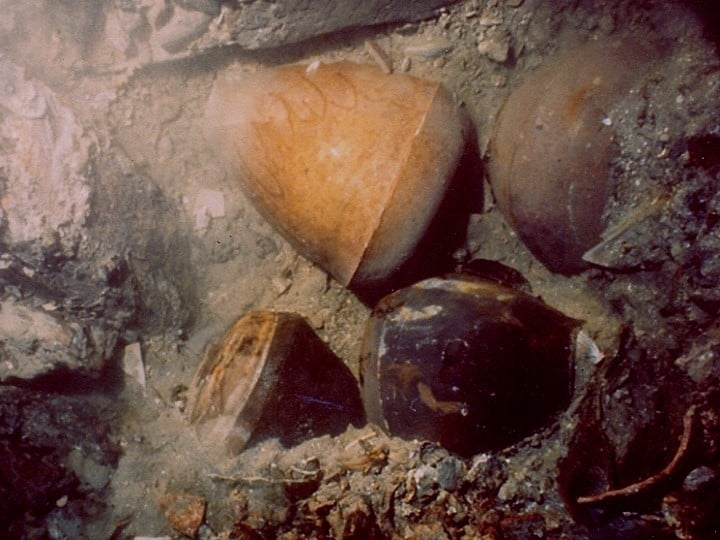 Storage Jars Found in the San Diego Shipwreck Near Fortune Island in Batangas