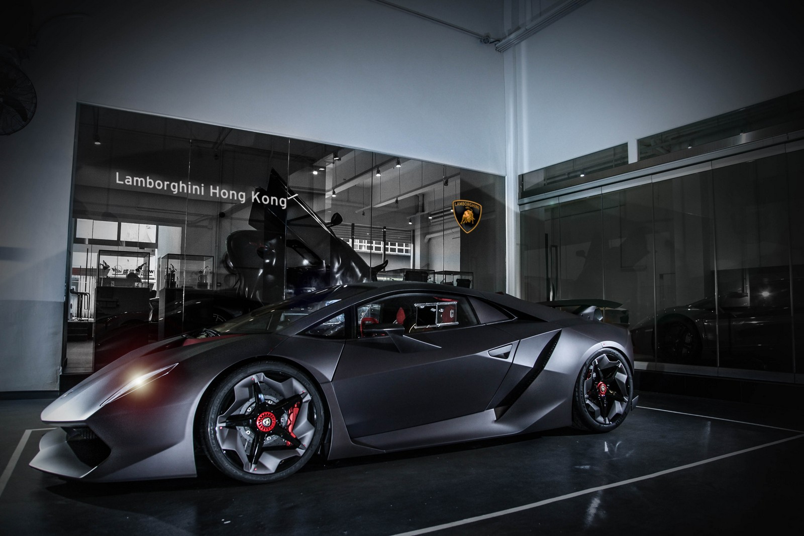 lamborghini sesto elemento delivered in hong kong carscoops. Black Bedroom Furniture Sets. Home Design Ideas