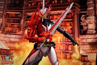 S.H. Figuarts Kamen Rider Saber Brave Dragon 27