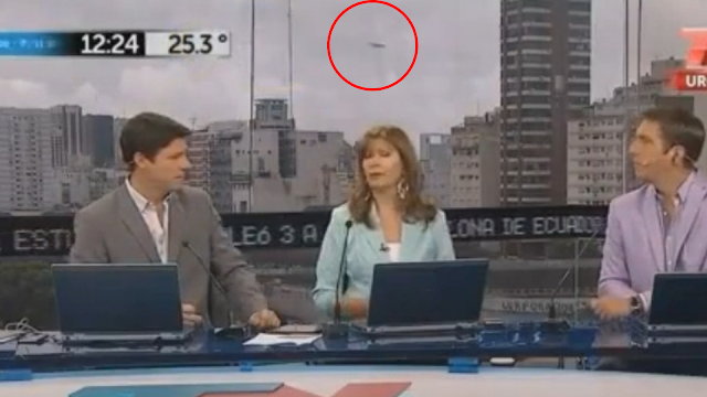 This is the moment a UFO is seen on Live TV in Argentina.