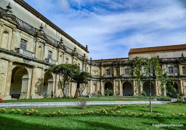Claustro do Convento de Santa Clara-a-Nova, Coimbra