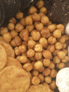 homemade roasted chickpeas