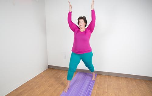 bài tập yoga đơn giản-5