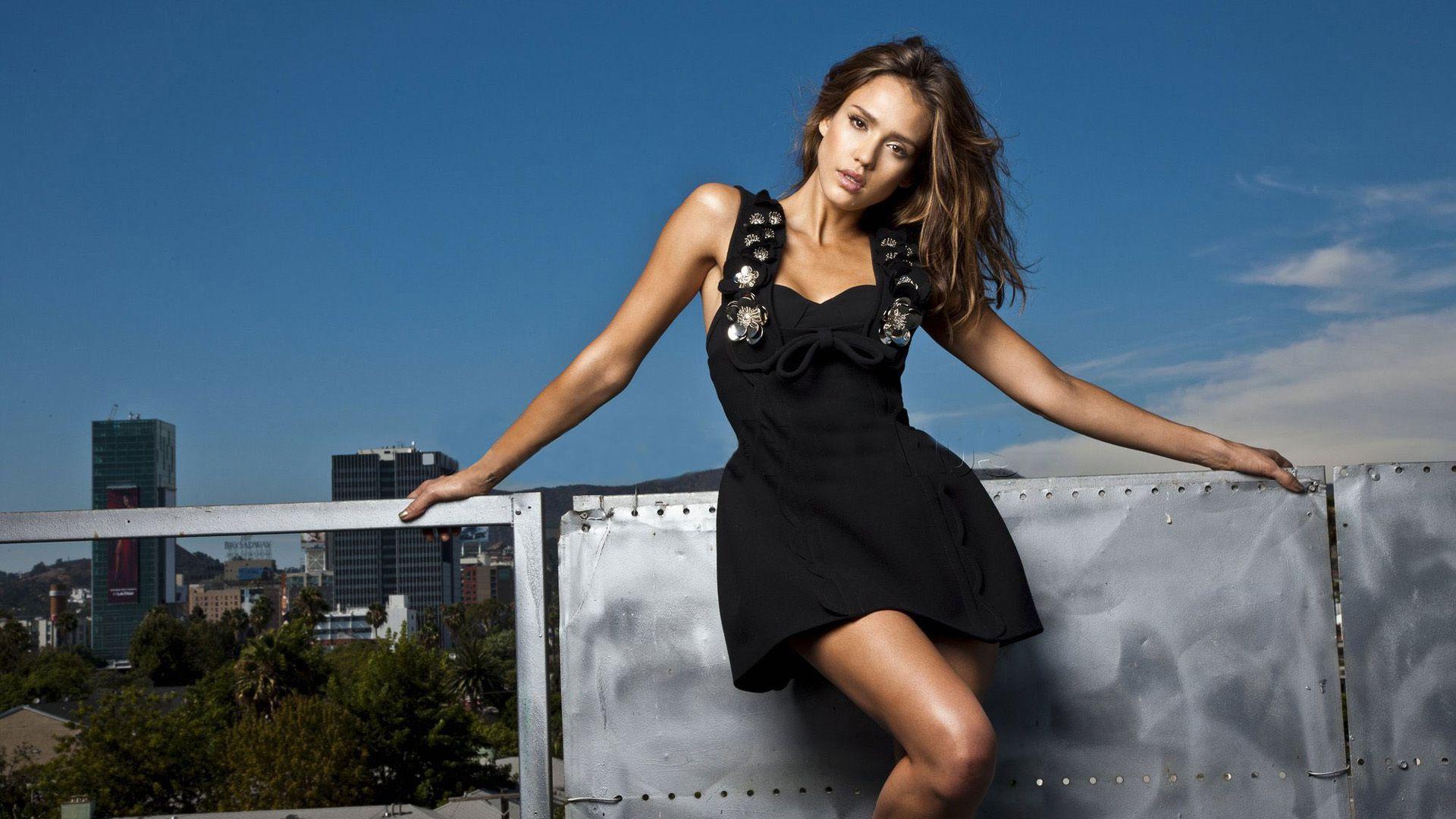Jessica Alba High Resolution