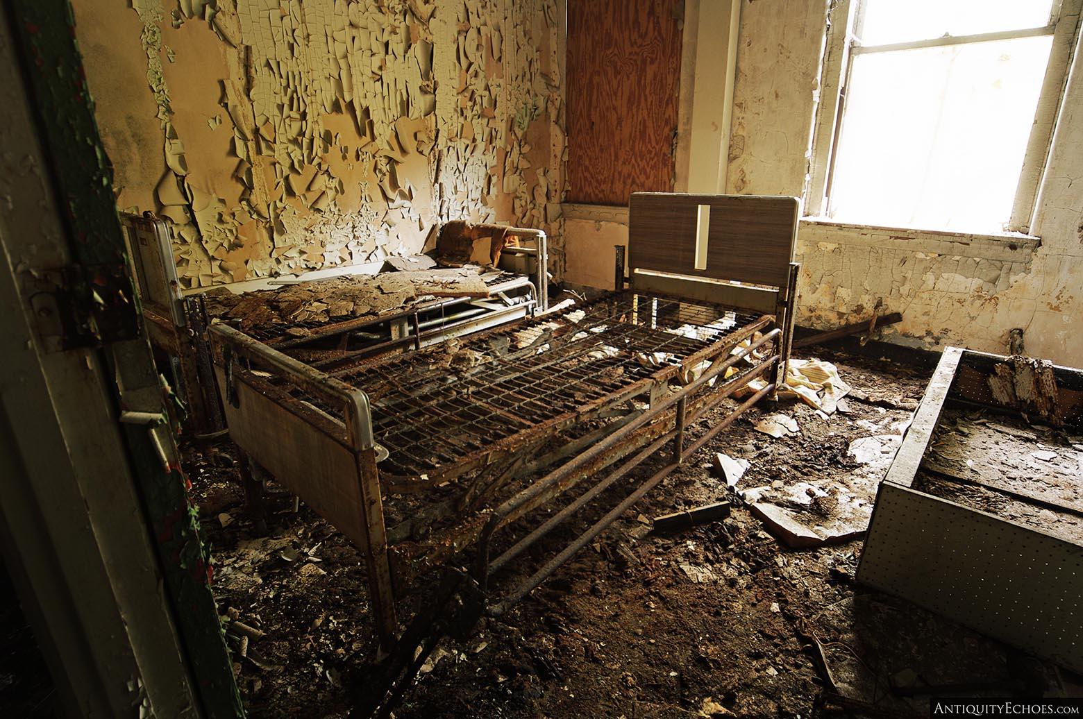 Brownsville General Hospital - Rusting Bedframes