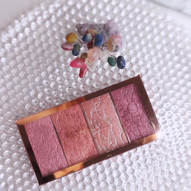 Makeup Revolution Vintage Lace Blush Palette swatches