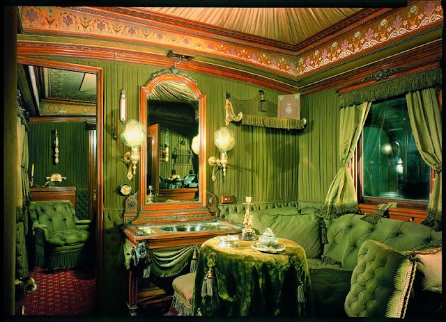 Imagini pentru Muzeul Sisi Viena