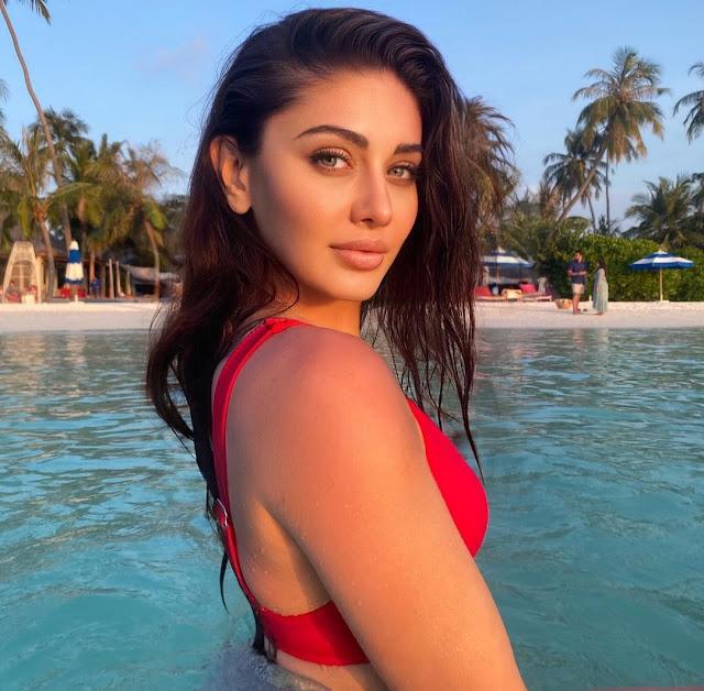 Shefali Jariwala turns up the heat with red bikini