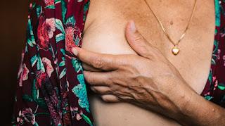 ಸ್ತನ ಕ್ಯಾನ್ಸರನಿಂದ ಹುಷಾರಾಗಿರಿ : Breast Cancer in Kannada