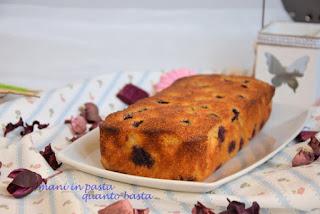 Lemon and blueberry polenta cake
