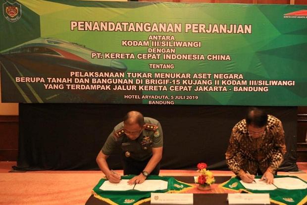 Dukung PT. Kereta Cepat Indonesia China, Kodam III/Siliwangi Serahkan 2,7 Hektare Lahannya