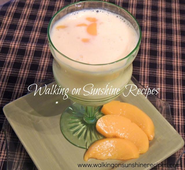 Peach Greek Yogurt Smoothie