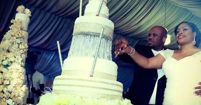 Wedding Singer Cake Tasting Lady