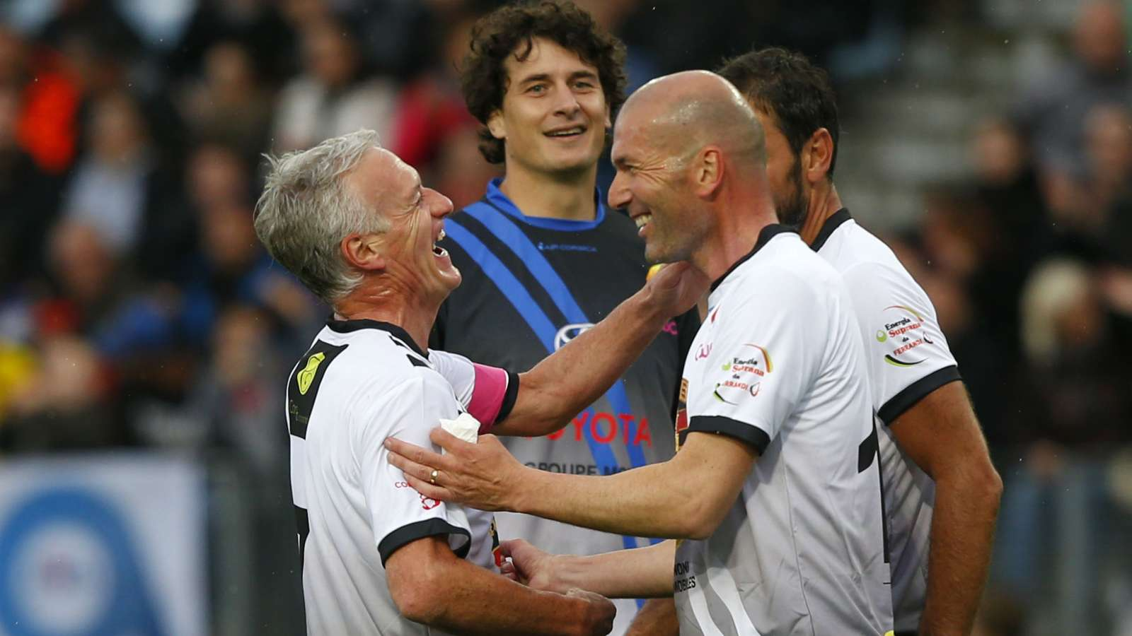 Deschamps sets the next position for Zidane