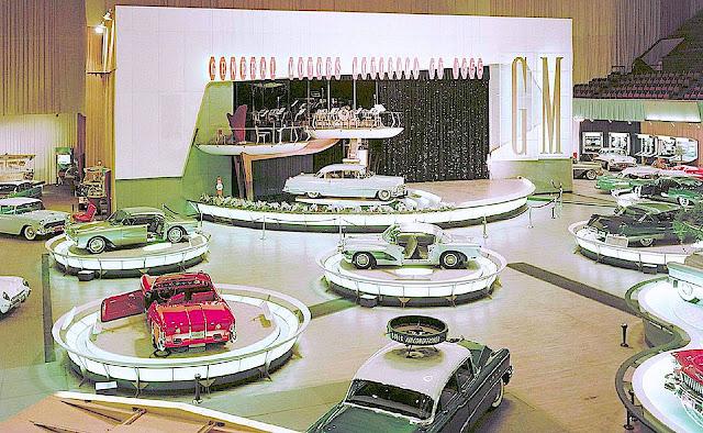 display islands at 1955 GM Powerama