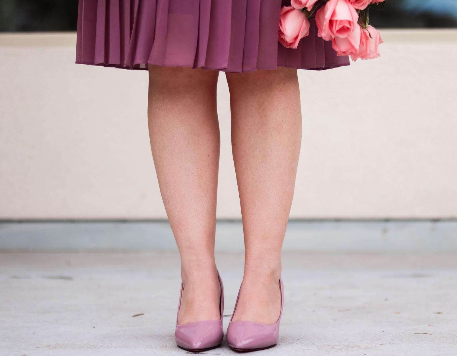 Elizabeth Hugen of Lizzie in Lace styles mauve heels