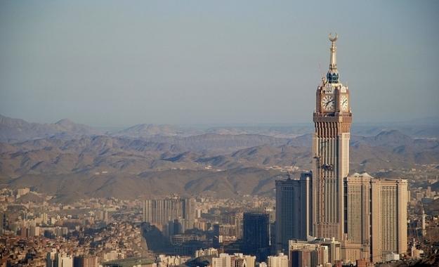 Τρεις χώρες του Κόλπου και η Αίγυπτος κόβουν διπλωματικούς δεσμούς με το Κατάρ