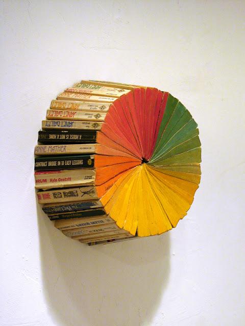 wb 2 - 10 Imagens da fantástica arte com livros de Jonathan Whitfill