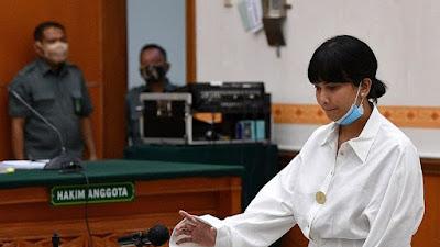 Vanessa Angel Minta Tak Dihukum Penjara karena Masih Beri ASI ke Anak
