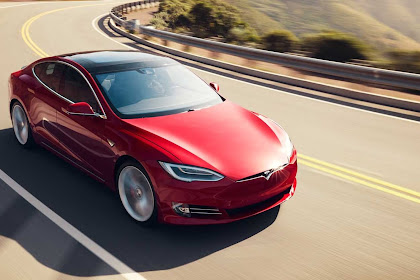 2020 Tesla Model S Review