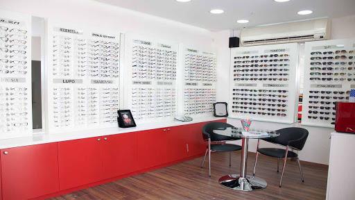 Memulai Bisnis Optik dengan Strategi yang Tepat