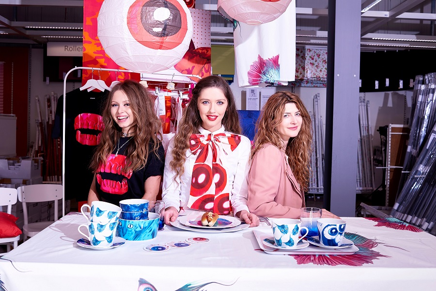 Fashion dream team, Sara O Neill, Kristen Gillespie, Khara Pringle, IKEA BELFAST, Live fashion installation